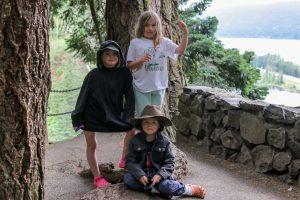 2 girls and a boy on Multnomah Falls Trail